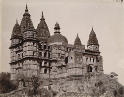 South-east façade of the Chaturbhuj Temple, Orchha